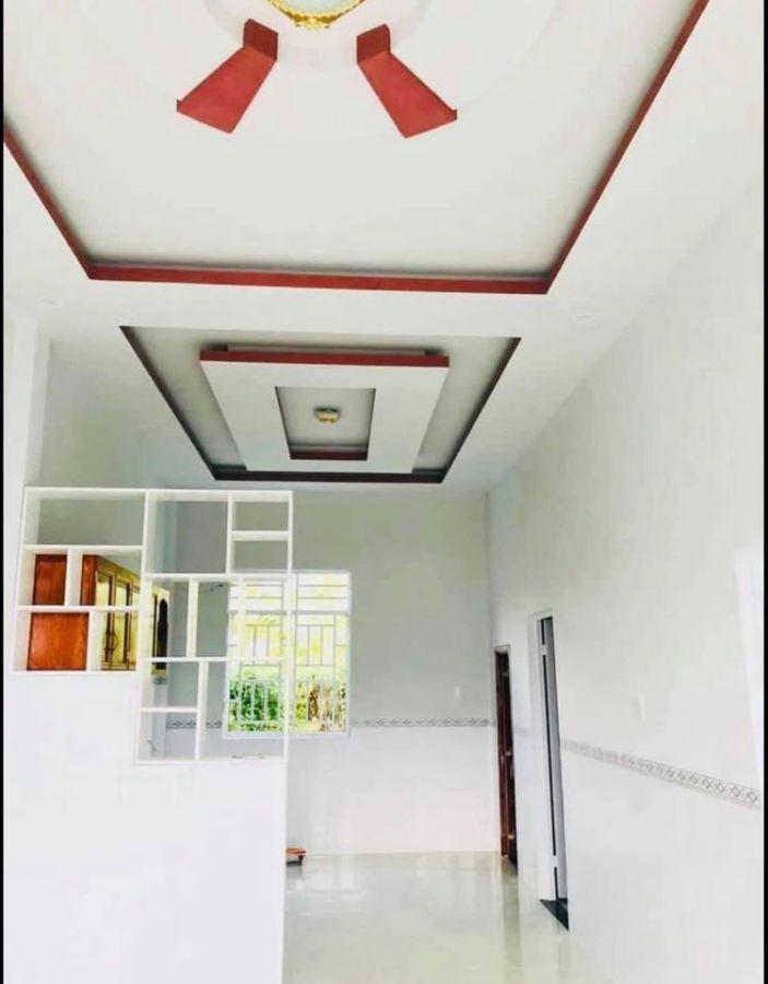Cần Tìm chủ mới cho ngôi nhà nhỏ, diện tích ngang 6,5m - dài 10,5m. Đất lúa. Nhà mới xây