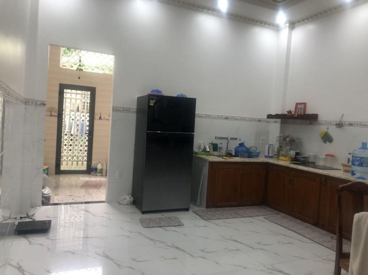 Cần bán gấp căn nhà Nguyễn Đình Chính