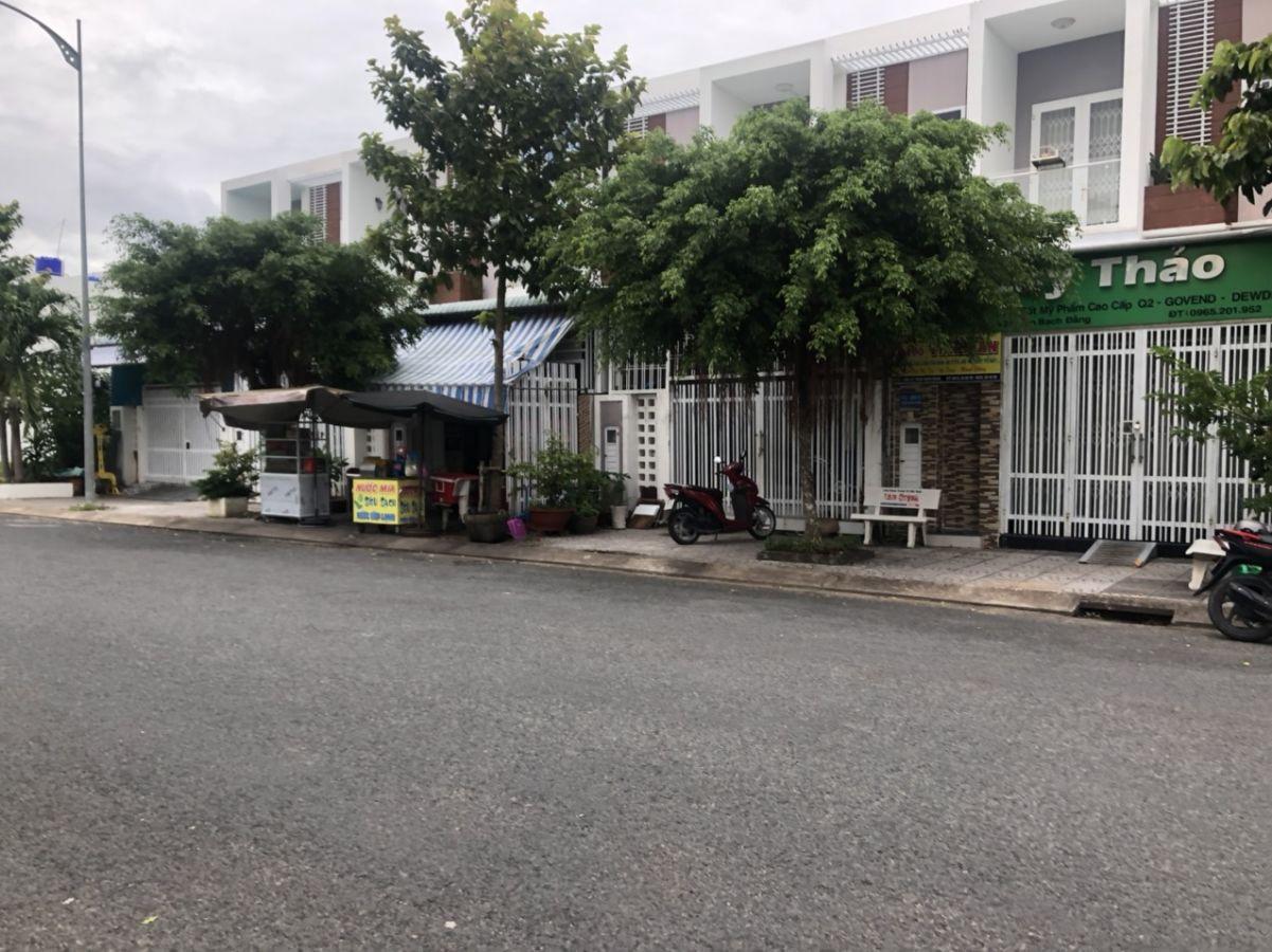 Bán nhà P16 Trần Bạch Đằng, Khu đô thị Phú Cường
