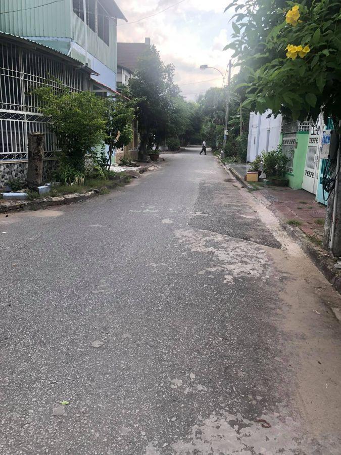 Bán nhà Lô góc: Hẻm 90 Nguyễn Bỉnh Khiêm (Hẻm CBCNV Cty Tư Vấn 1), Rạch Giá, Kiên Giang